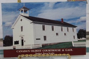 english courthouse postcard